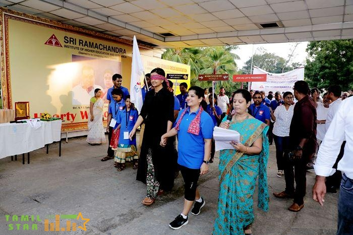 Kiruthiga Udhayanidhi launched the TNBCA official flag and flag offed the walkathon (6)