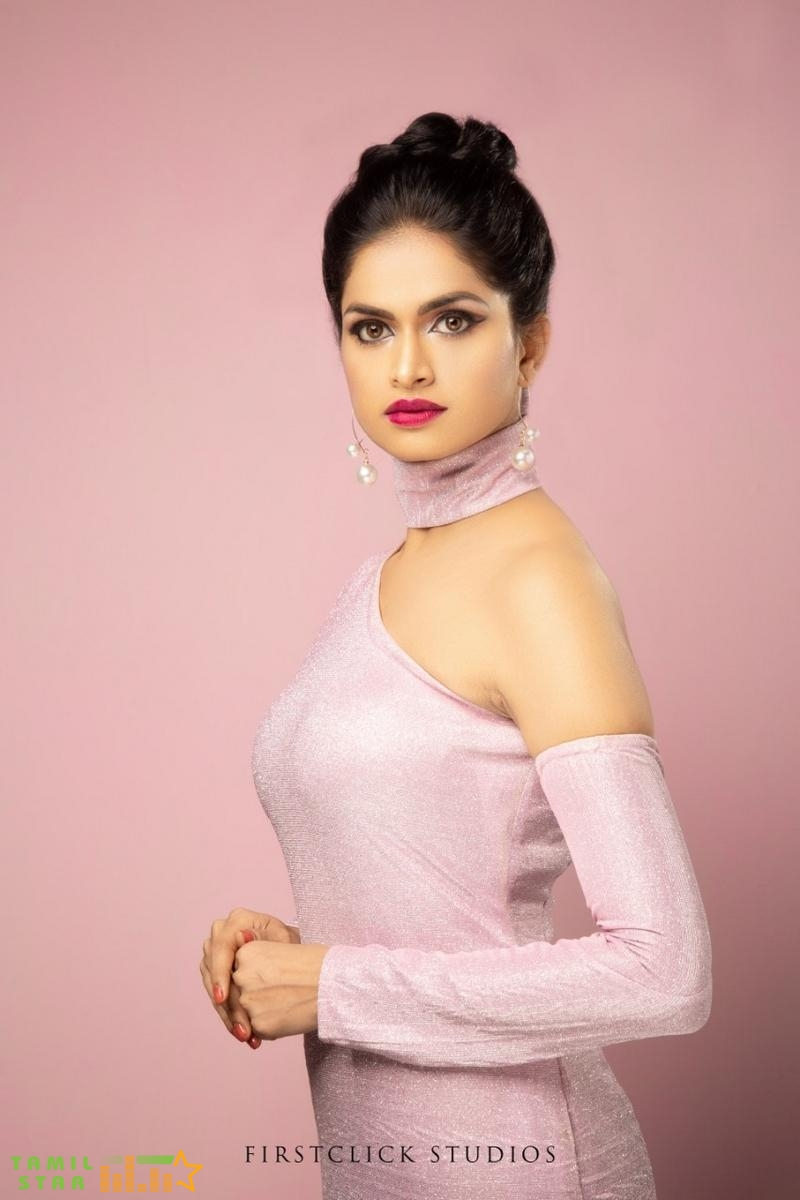Looks Pretty Actress Suma Poojari (2)