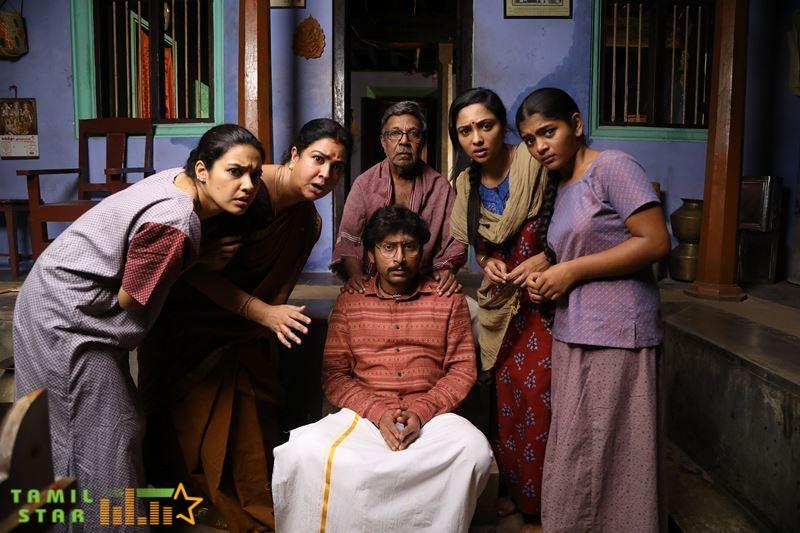 Mookuthi Amman Movie Stills (3)