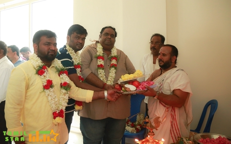 Munnarivaan Movie Pooja Stills (3)