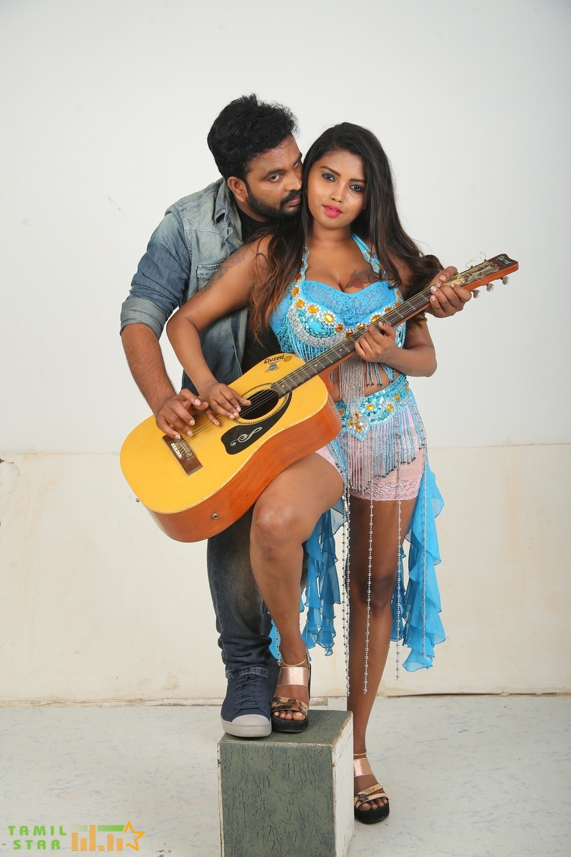 Nee Sudathaan Vanthiya Movie Stills (5)