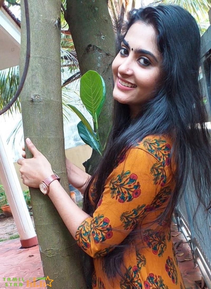 Pubg Actress Anithra Nair Photos (1)