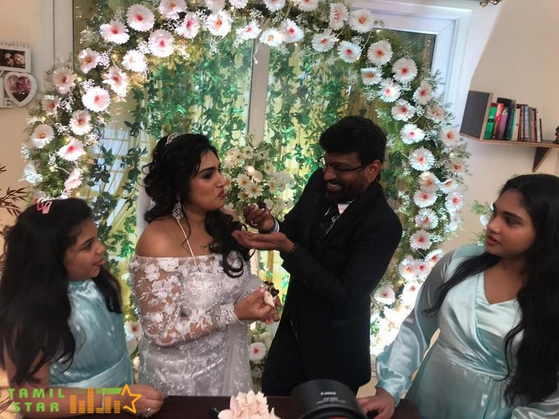 Vanitha Vijayakumar and Peter Paul Marriage Photos (2)