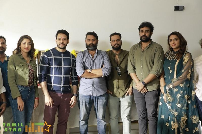 Yakkaithiri Movie Pooja Stills (1)